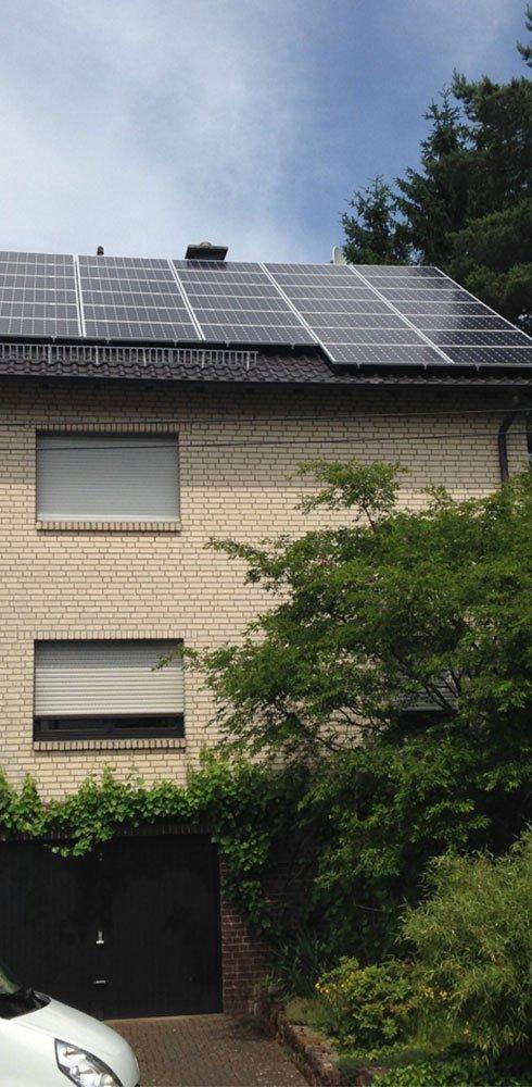 Solaranlage auf einem Wohnhaus in Remmesweiler