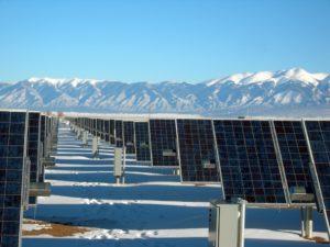 Photovoltaik Reinigung bei verschmutzten Solarpanels