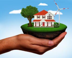 Eine Windkraftanlage Privat, die Zuhause Ökostrom erzeugt, ist dargestellt